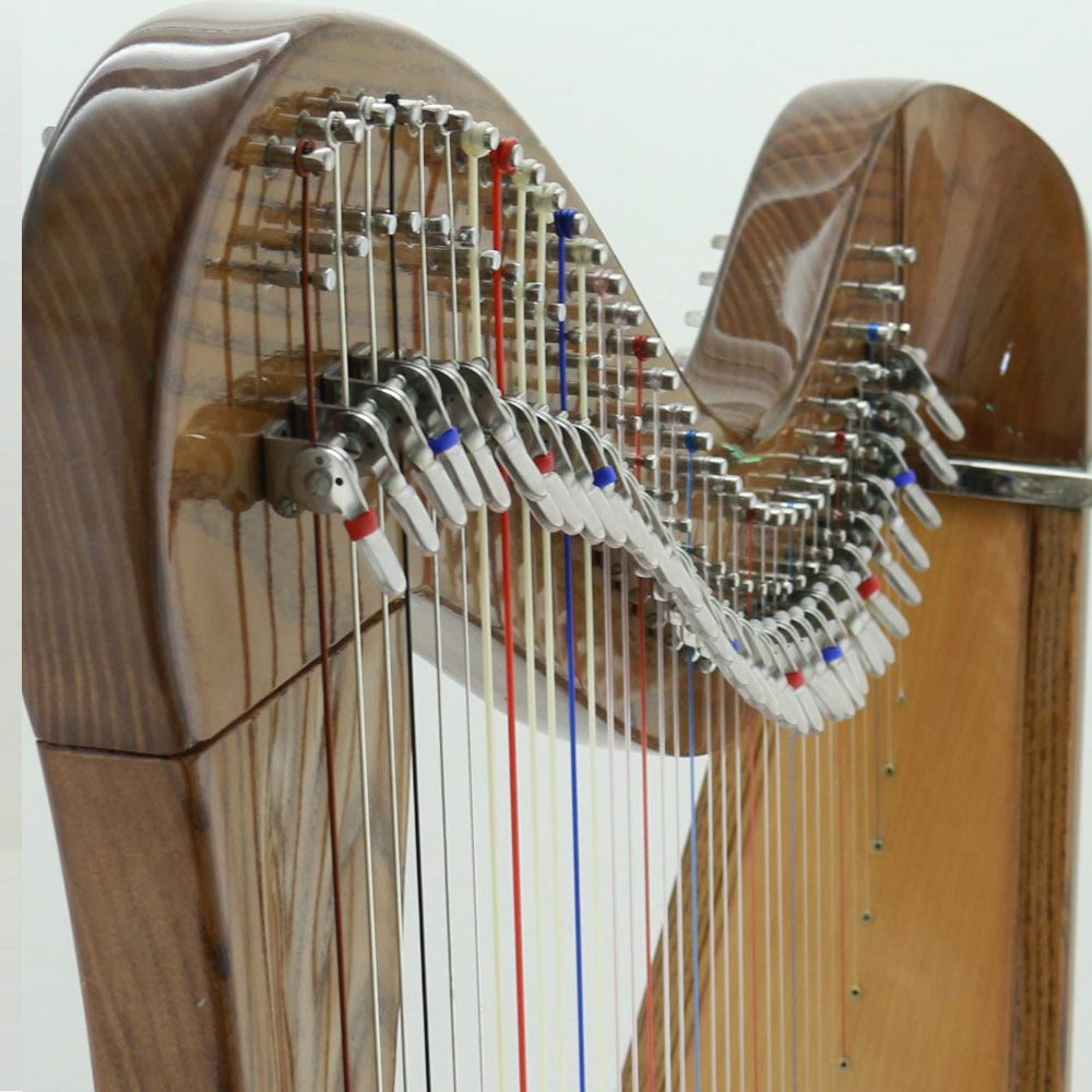 34 string celtic harp with mikel levers