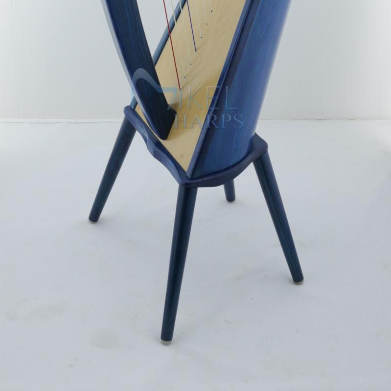 30 cm legs with 27 string harp