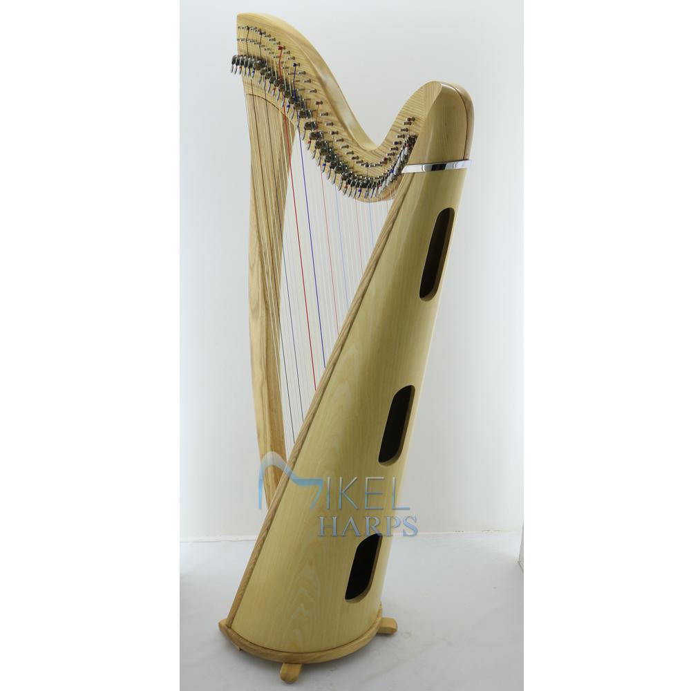 Daisy 38 string lever harp